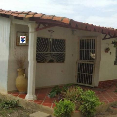 Confortable Casa Av. Cancamure