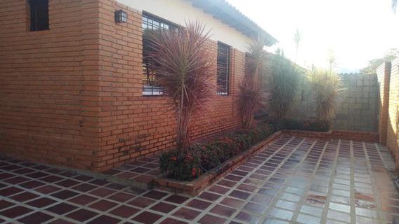 Casa En Venta Piedra Pintada Mz 19-6217 T.04244281820