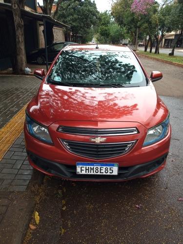 Imagem 1 de 4 de Chevrolet Onix 2013 1.4 Lt 5p