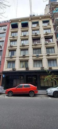 Ayacucho 400 60 M2 2 Despachos