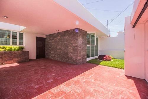 Casa En Venta En Jrdines De San Ignacio. Zapopan, Jal.