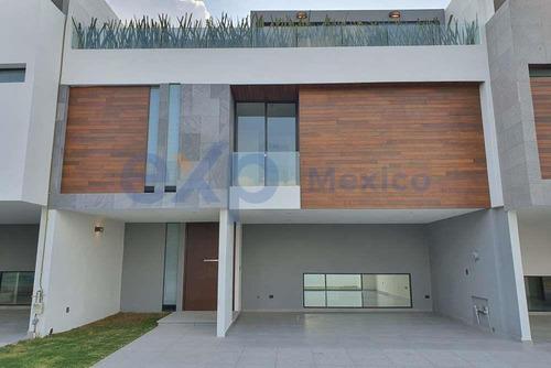 Imagen 1 de 4 de Casa En Venta En Lomas De Angelópolis