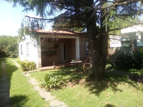 Casa Estilo Casa De Campo Americana En Agustín Ferrari ***