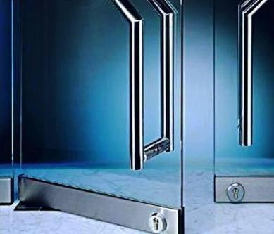 Puerta,vidrio,reparacion,mantenimiento,tecnicos,frenos