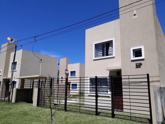 Duplex Calle 42 P/ 5 Personas C/ Cochera
