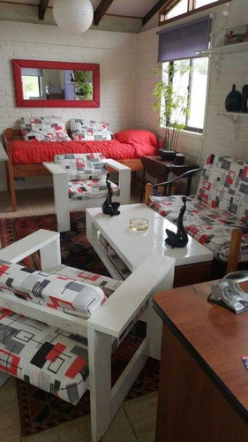 Imagen 1 de 5 de Linda Cabaña Ubicada En Sector Campestre. (los Pinares)