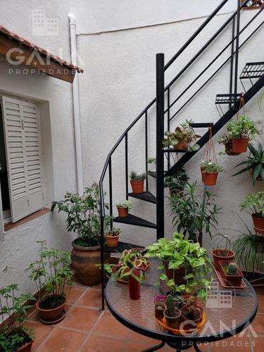 Imagen 1 de 21 de Casa De Pasillo De 2 Dormitorios En Barrio Martin - Reciclar