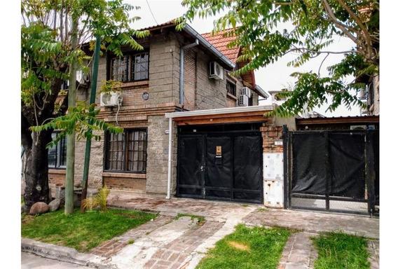 Venta Casa 4 Ambientes En Villa Sarmiento