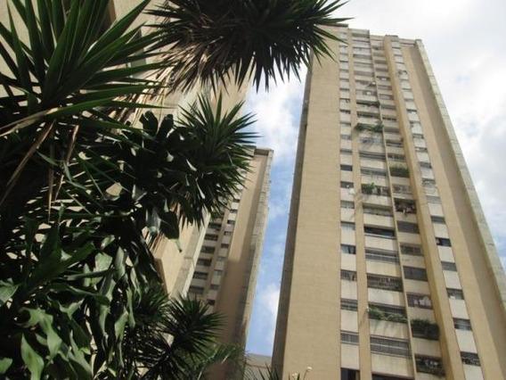Apartamento En Venta Mls #20-3630 Am
