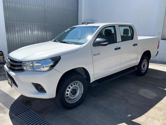 Toyota Hilux 2.7 Cabina Doble Base Mt 2016