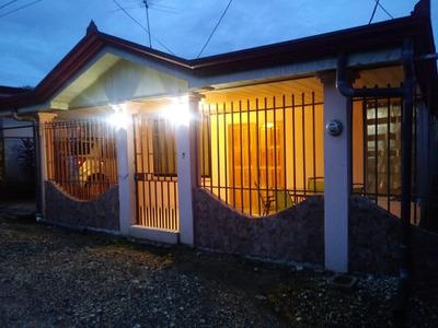 Se Vende Casa Muy Bonita Y Barata En Río Claro De Golfito.