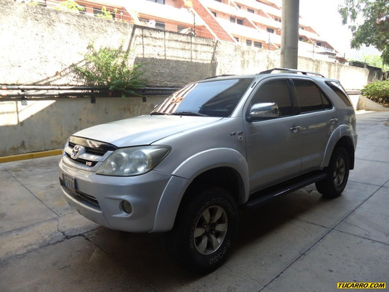 Toyota Fortuner Sr Blindaje Nivel 3