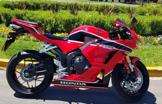 Honda Cbr 600rr Con Solo 100 Kms,permuto.precio Pub Contado