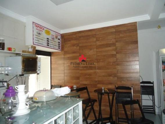 Casa Assobradada Com Ponto Comercial Com Duas Frentes De Rua, Em Penha. - Pe24573