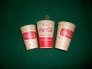 Coca Cola Lote De 3 Antiguos Vasos De Parafina .