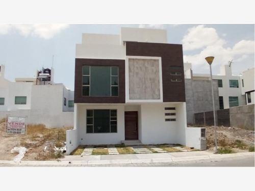 Casa Sola En Venta Residencial Paseos De La Herradura Doble Filtro De Seguridad Excelente Ubicación