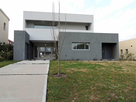 Casa En Venta A Estrenar En Pilar Del Este