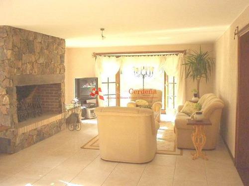 Casa En Beverly Hills, 4 Dormitorios *- Ref: 1075