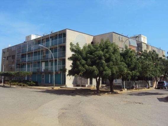 Mls # 20-4248 Apartamento En Venta Coro La Velita