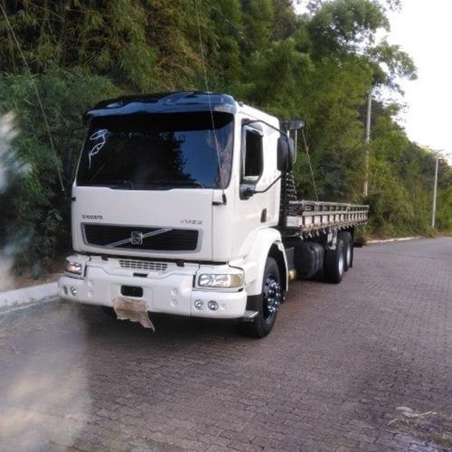 Caminhão Volvo Vm 23210 03/04
