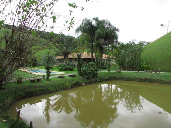 Sítio Com 4 Dormitórios À Venda, 82000 M² Por R$ 1.500.000,00 - Secretário - Petrópolis/rj - Si0104