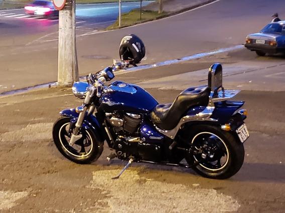 Moto Suzuki Boulevard M800 - Lindona