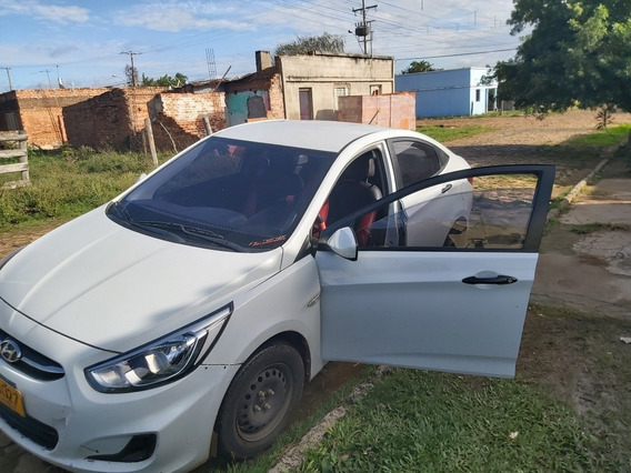 Hyundai Accent Taxi 1.6 Diésel