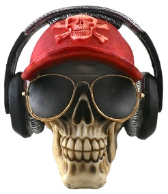 Cranio De Resina Estiloso Boné, Óculos E Fone De Ouvido.