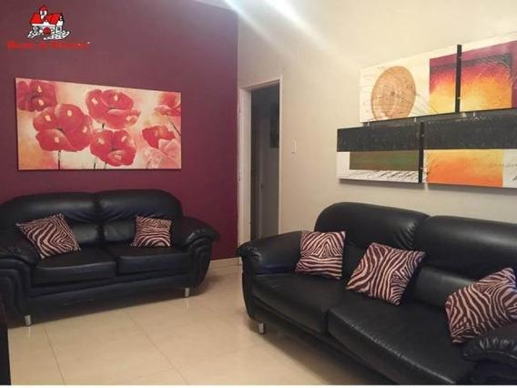 Casa En Venta Urb Las Delicias Mls #19-14569 Jd