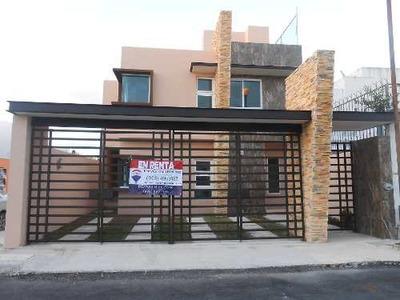 Casa Nueva Amueblada En Renta Muy Cerca De Ave. La Luna