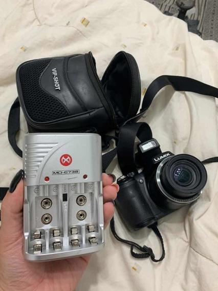 Câmera Semiprofissional Panasonic Lumix Dmc-lz20