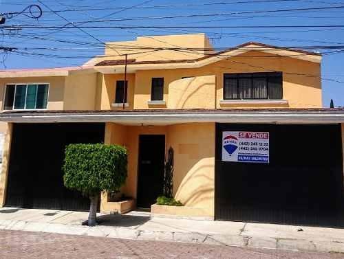 Mta/ Excelente Casa En Colinas Del Cimatario