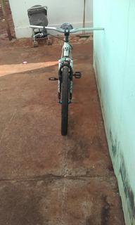 Bicicleta High One Usada
