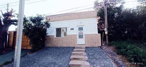 Imagen 1 de 13 de Alquilo Casa 2 Dormitorios
