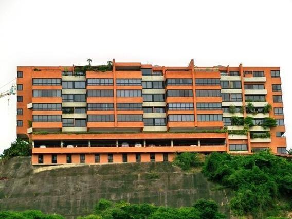 Apartamento En Colinas Del Tamanaco Cr Mls #18-11711