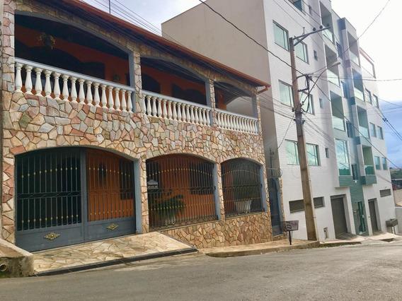 Casa Estilo Colonial 5 Quartos 4 Vagas Garagem