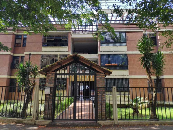 Apartamento. Las Acacias. San Cristobal