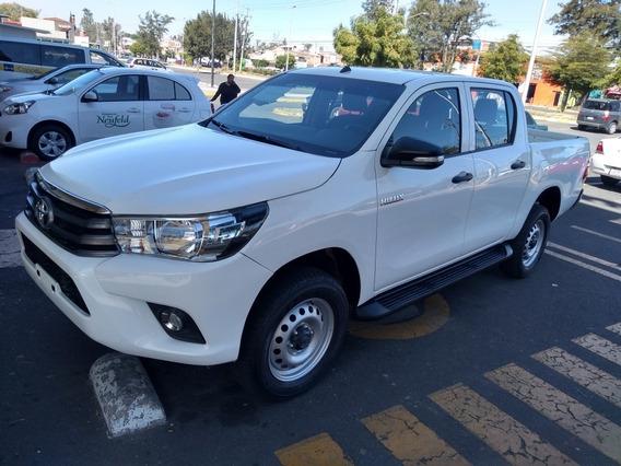 Toyota Hilux 2.7 Cabina Doble Base Mt 2017