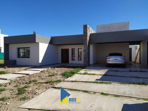 Vendo Casa En Siete Soles 3 Dormitorios Con Entrega Fines De Abril 2021