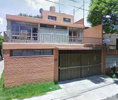 Casa, Campestre Churubusco. $4,680,000 Adjudicada