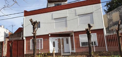 Departamento Tipo Casa Al Frente 4 Ambientes Con Terraza