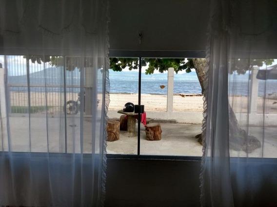 Casa Com 2 Dormitórios Na Beira Da Praia À Venda, 111 M² Por R$ 480.000 - Praia Do Pontal - Palhoça/sc - Ca2422