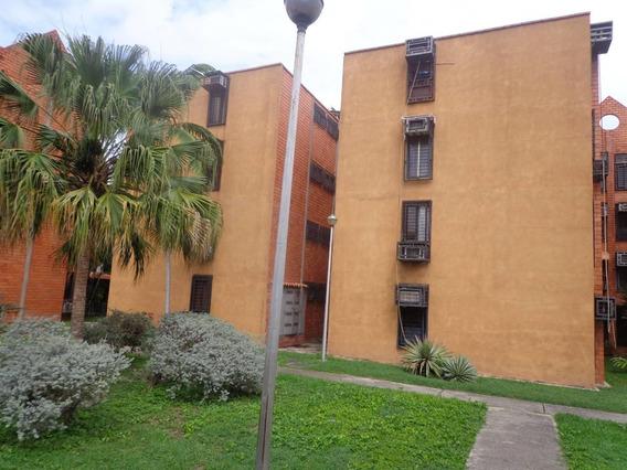 Apartamento Amoblado Villas La Morita Mls 20-2693 Jd