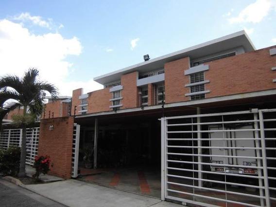 Townhouse En Venta Manongo Pt 19-14181