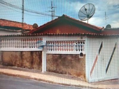 Casa Residencial Em Campinas - Sp, Vila Trinta E Um De Março - Ca01825
