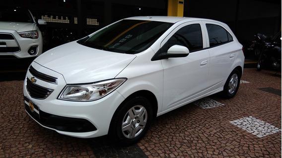 Chevrolet Onix Lt 1.0 2014 Unico Dono Baixa Km