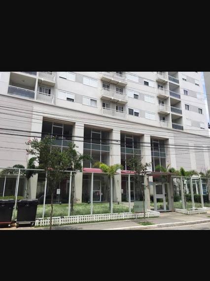 Aluga-se Apartamento De 3 Quartos,com 2 Vagas De Garagem.