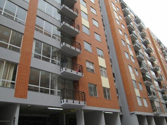 Apartamento En Nuevo Techo Fr 20-1172