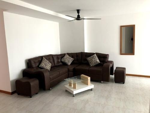 Apartamento En Arriendo Laureles 622-15874
