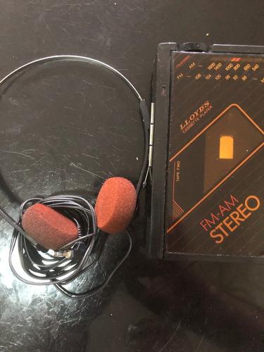 Rádio Stereo Cassette Player Lloyd S  Am/fm Modelo V720